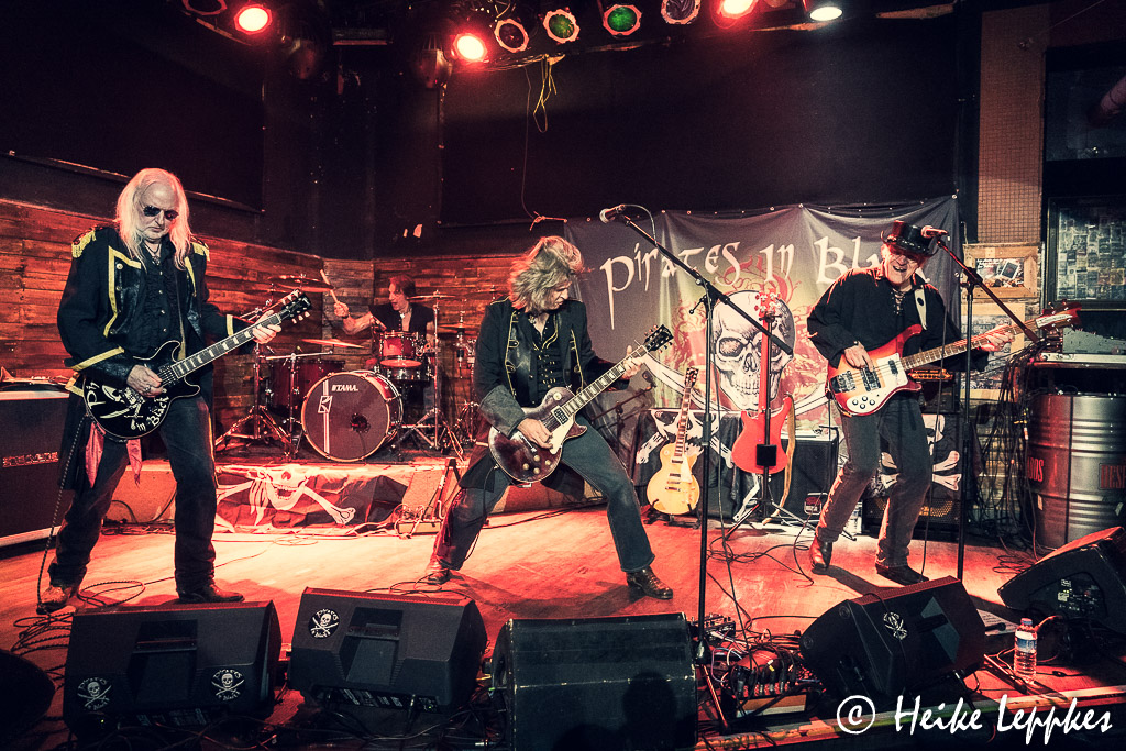 2019-12-07-Pirates-In-Black-@-Rockpalast-Bochum-05704