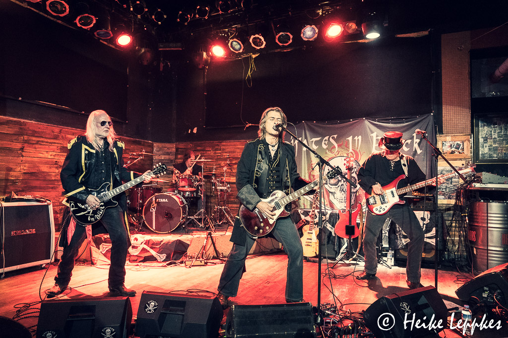 2019-12-07-Pirates-In-Black-@-Rockpalast-Bochum-05707