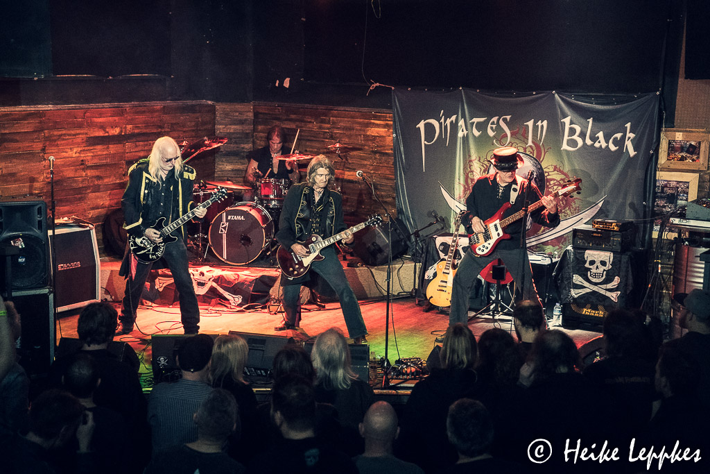 2019-12-07-Pirates-In-Black-@-Rockpalast-Bochum-05747